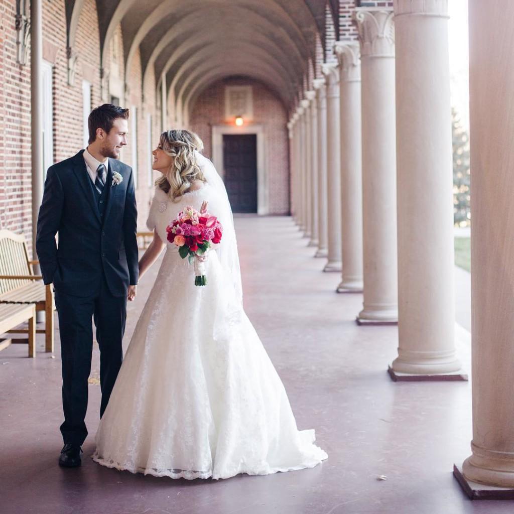 Happy two years anniversary to my wonderful husband @bsdahl ❤️ You are my favorite, and I love you more each day! ----------------------------------------- Feliz Aniversário de casamento para o meu marido lindo! Já são dois anos compartilhando minha vida com ele, e eu o amo mais a cada dia! #bodasdealgodão #aniversariodecasamento #casamento #wedding #weddinganniversary #love #amor @unwweddings