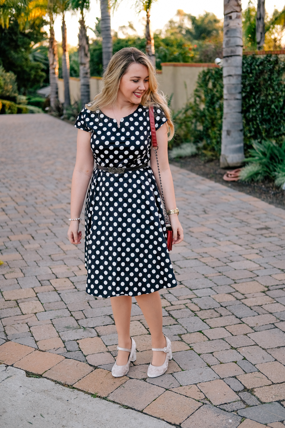 Debora Dahl wearing a black polka dot dress from sammydress