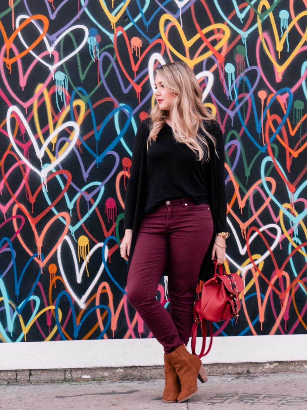 Debora Dahl, Love wall, Venice Beach, Red backpack
