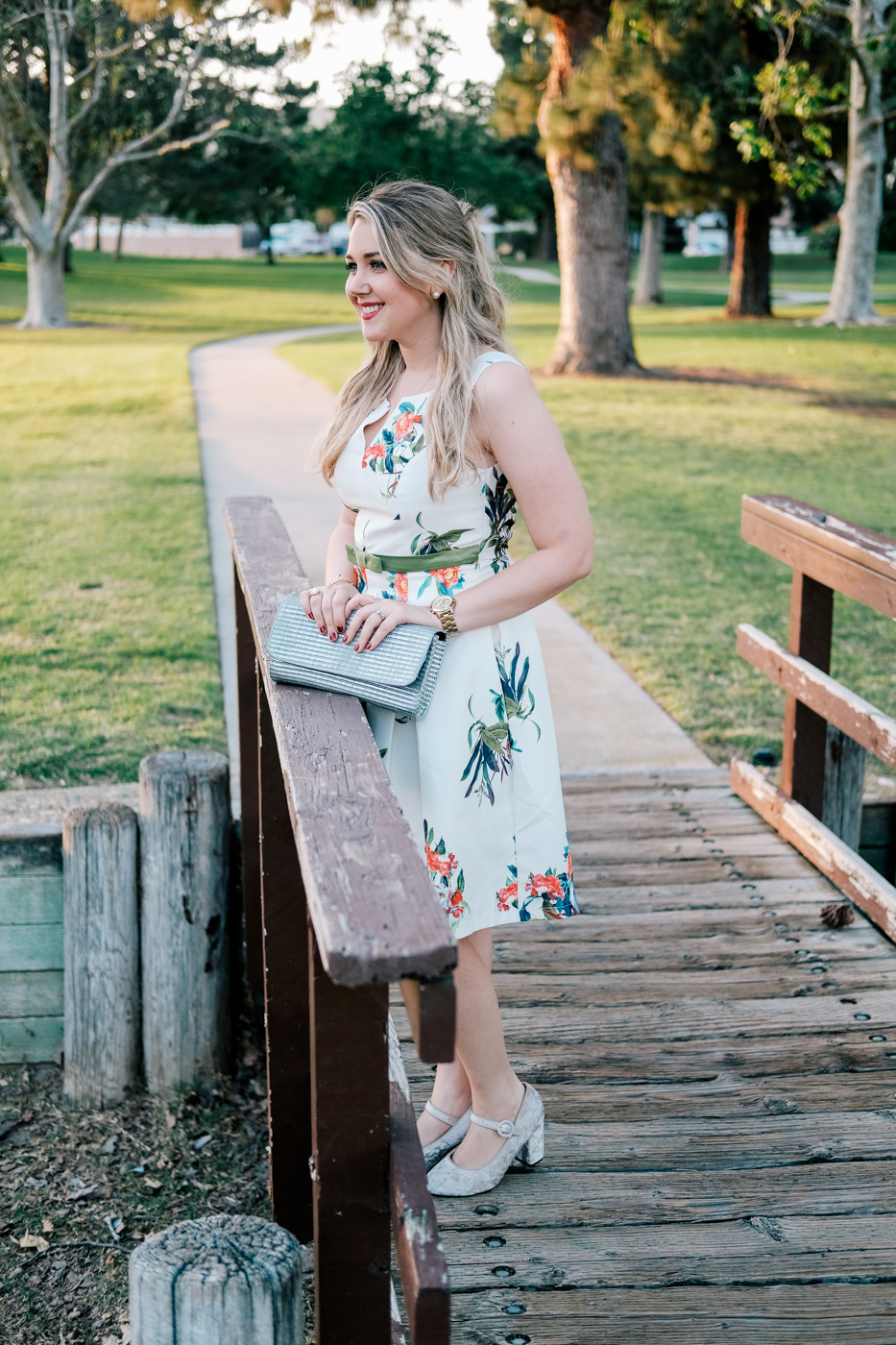 Debora Dahl, spring style white floral dress