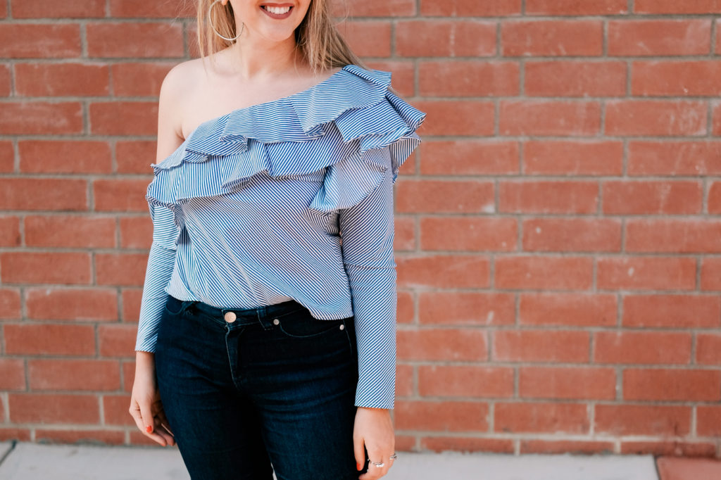 one-shoulder ruffled top, trend, Debora Dahl