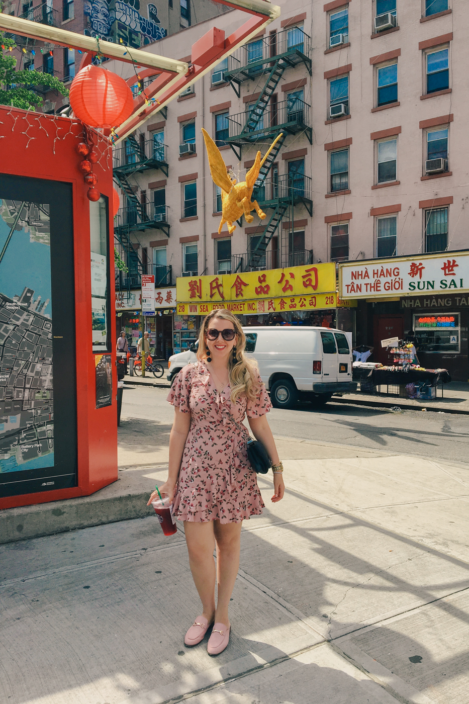 Debora Dahl in Chinatown